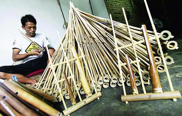 Angklung | Bambu Indonesia